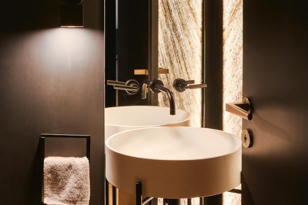 natuursteen-badkamer