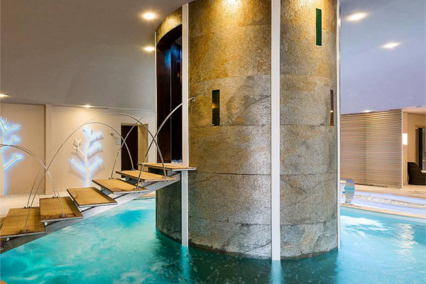 natuursteen-zwembad